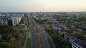 Cruce de la calle y de Victory Avenue de Tereshkova Ciudad Vitebsk almacen de video