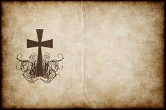 Cruce en el pergamino viejo Imagenes de archivo