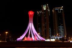 Cruce giratorio o Lulu Roundabout de la perla en Manama, Barhain imagen de archivo libre de regalías