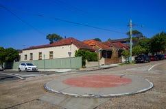 Cruce giratorio, suburbano, Sydney, Australia Foto de archivo