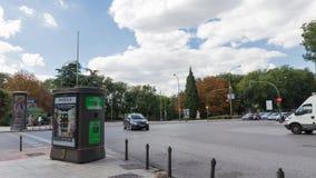 Cruces en el distrito de Arguelles, en Madrid imagenes de archivo