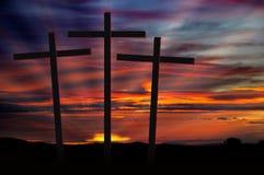 Cruces en la puesta del sol Foto de archivo