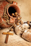 Cruche et pain de vin image stock