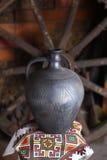 Cruche faite maison traditionnelle Photos libres de droits