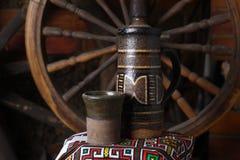 Cruche traditionnelle de vin Photographie stock libre de droits