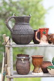 Cruches et tasses en céramique Photo stock