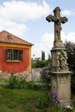 Crucifix da vila Imagem de Stock