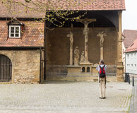 Crucifix dans la vieille ville de mauvais Wimpfen Allemagne Photos libres de droits