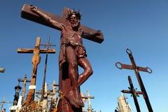 Crucifix en bois à la colline des croix Images stock