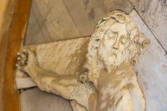 Crucifixo com sofrimento de Jesus Christ fotos de stock