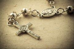 Crucifixo do rosário Foto de Stock