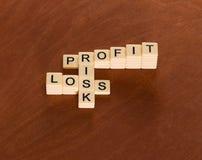 Cruciverba con il rischio di parole, profitti e perdite Manageme di rischio immagini stock