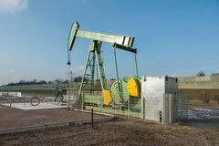 Crude oil pumping and production 8 Stock Photography
