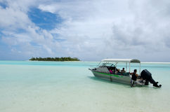 Cruise boat in Aitutaki Lagoon Cook Islands Royalty Free Stock Photos