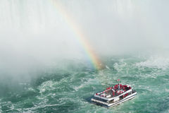 Cruise boat at Niagra Falls Royalty Free Stock Photos