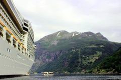 Cruise boat Royalty Free Stock Image