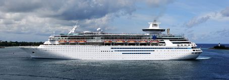 Cruise Liner. Arrive of a cruise liner to Nassau the capital of The Bahamas Royalty Free Stock Images