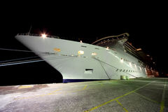 Cruise liner in Port Rashid Royalty Free Stock Photography