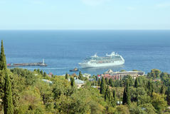 Cruise liner in the port of Yalta, Crimea Stock Photography