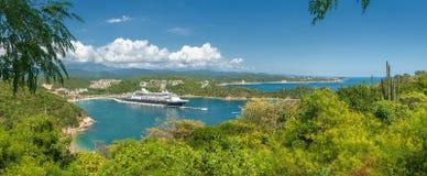 Cruise liner in Santa Maria Huatulko bay, Mexico Stock Image