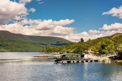 Free Cruise Moved By The Energy Of The Wind And The Sun In The Sanabria Lake In Zamora Spain Stock Images - 138014004
