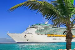Free Cruise Ship Royalty Free Stock Image - 100154616