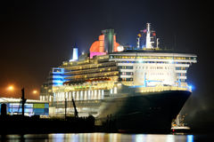 Cruise Ship. Queen Mary 2 in Hamburg, germany Royalty Free Stock Photo