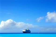 Cruise Ship. In the Caribbean Royalty Free Stock Photos