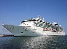 Cruise ship with blue sky Royalty Free Stock Photos