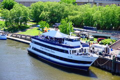 A cruise ship on Connecticut river Royalty Free Stock Photography