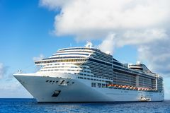 Cruise ship in crystal blue water. With blue sky Royalty Free Stock Photos