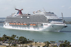 Cruise ship depaRTING Port Canaveral Florida USA Stock Photos