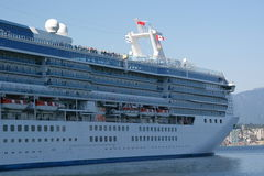 Cruise ship docked Royalty Free Stock Photography