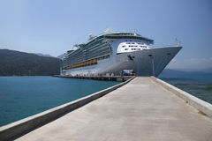 Cruise ship docked Caribbean Royalty Free Stock Photography