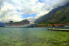 Cruise ship in emerald bay water Stock Photos