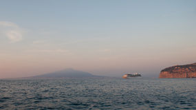 The cruise ship in the Gulf of Naples Royalty Free Stock Photography
