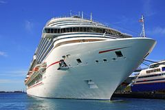 Free Cruise Ship In Port Stock Photography - 47892832