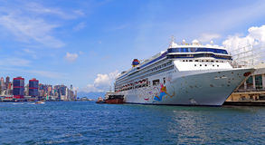 Cruise ship at kowloon, hong kong Royalty Free Stock Images