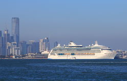 Cruise ship cityscape Melbourne Royalty Free Stock Photos