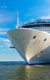 Cruise ship mooring Royalty Free Stock Photography