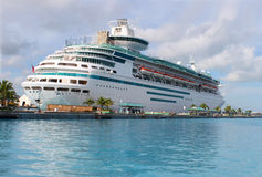Cruise ship in Nassau harbour Royalty Free Stock Photography