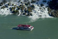 Cruise ship at Niagara fall Royalty Free Stock Photos