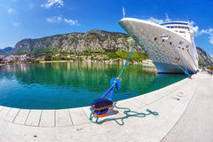 Cruise ship in the por Royalty Free Stock Images