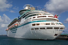 Cruise ship in port Stock Photography