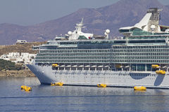 Cruise ship in the port Royalty Free Stock Images