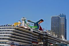Cruise ship in port Royalty Free Stock Photos