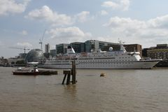 Cruise ship on River Thames London Royalty Free Stock Photography