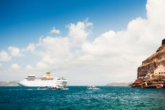 Cruise ship in the sea Royalty Free Stock Images