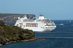 Cruise ship in Sydney Bay Royalty Free Stock Images