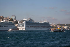 Cruise Ships at Istanbul Royalty Free Stock Photos
